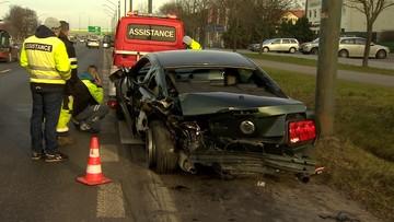 Zderzenie czterech samochodów w Warszawie. Ranna kobieta w ciąży