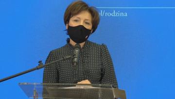 """Wulgarny wpis na profilu minister rodziny. """"Konto ofiarą hakerów"""""""