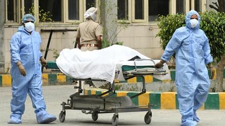 W Indiach pojawiła się tajemnicza choroba. Setki osób hospitalizowanych