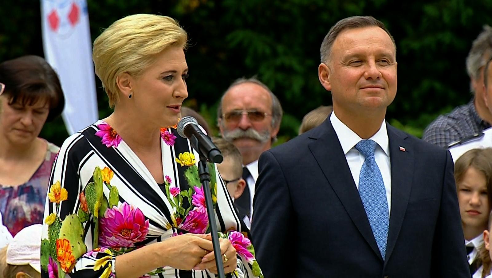 13.08.2021 | Podwyżki dla prezydenta i samorządowców przegłosowane przez Sejm. Wracają pytania o wynagrodzenia pracowników budżetówki